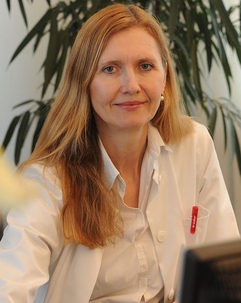 Frau Dr. med. Görse Frauenärztin Regensburg